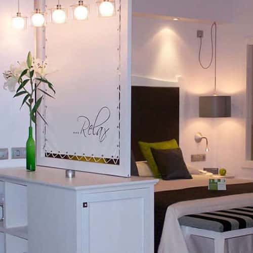iluminacion-lamparas-hotel-menorca-square