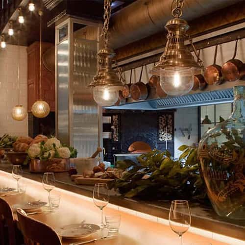 iluminacion-lamparas-restaurante-toto-barcelona-1-square