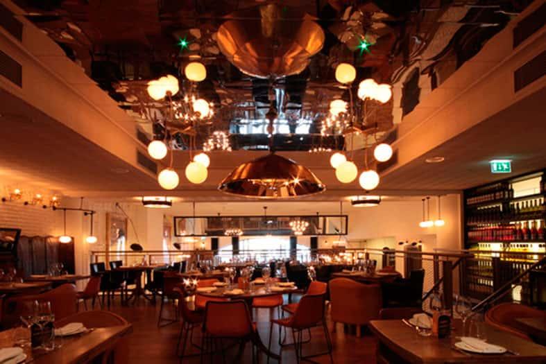 Lámparas de diseño Ibérica Canary Wharf London de Lázaro Rosa-Violán