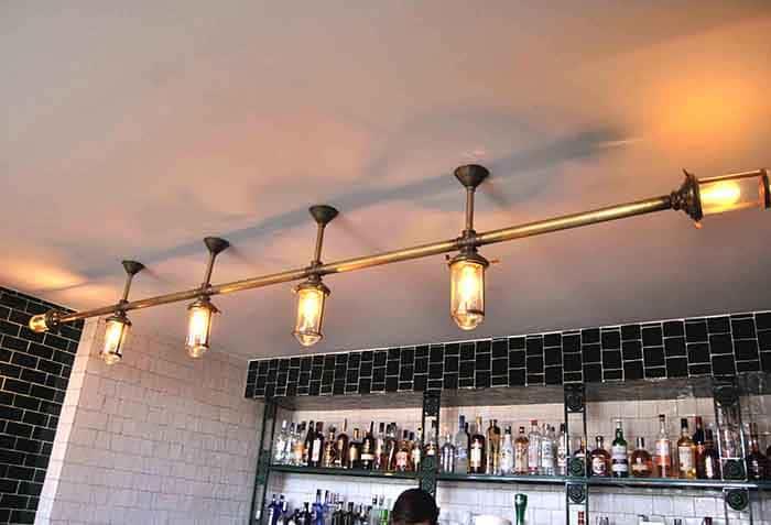 Diseño de lámparas en Restaurante La Canica de Campo de las Naciones