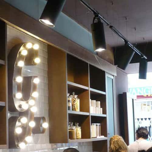 lamparas-iluminacion-rotulacion-vintage-creperia-goofretti-calafell-square