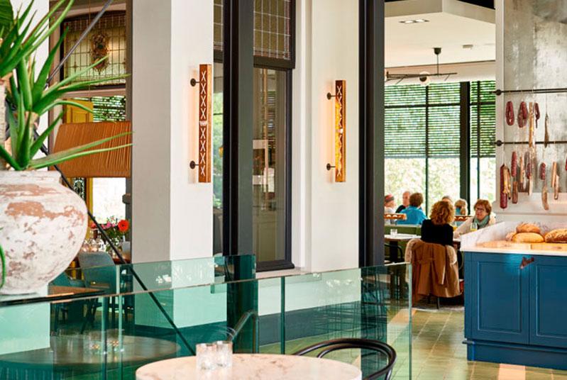 Lámparas de interior en Welgelegen Stads Café en Holanda