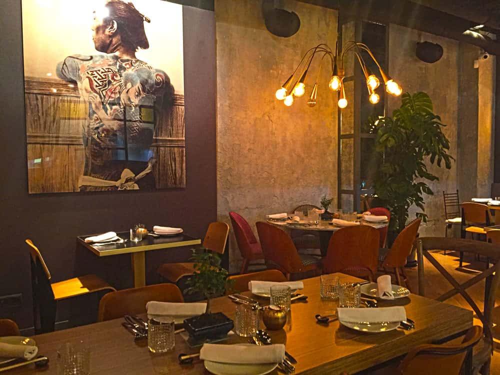 Lámpras colgantes de diseño en Restaurante Pink Monkey