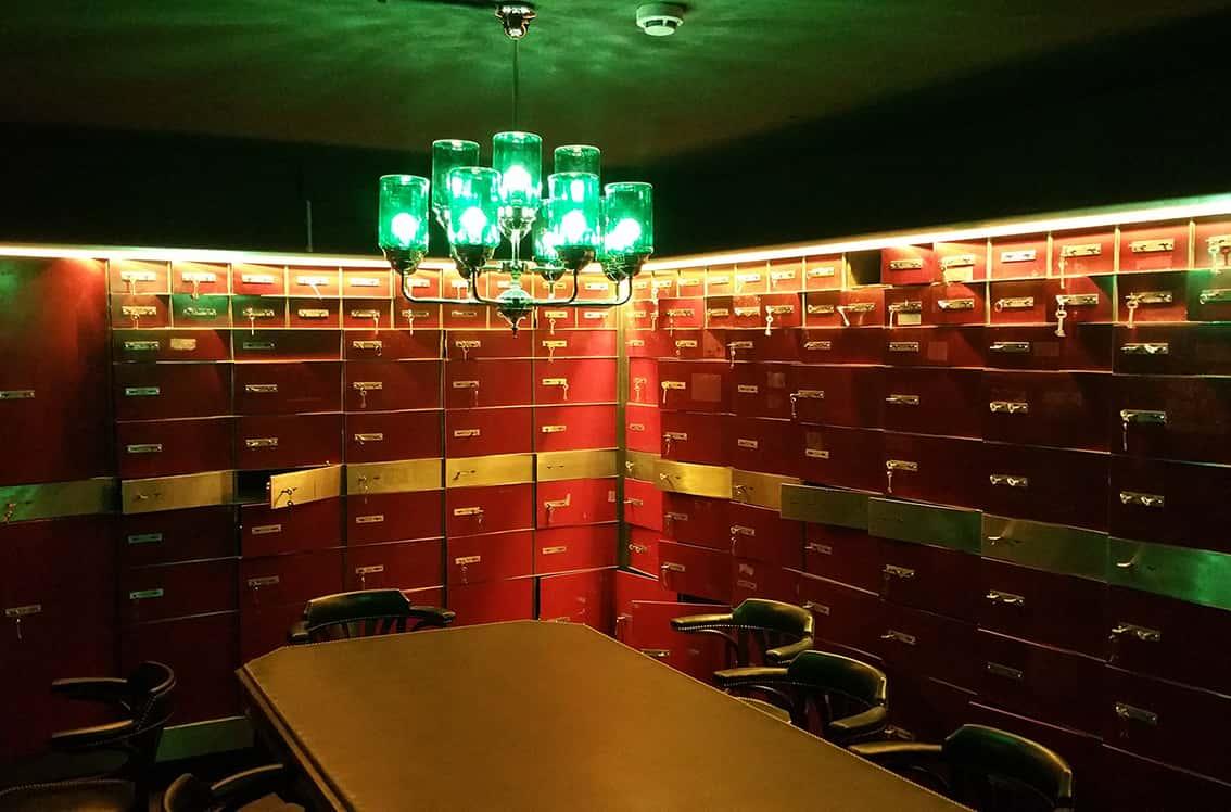 Lámpras de techo de diseño en Restaurante La Paisana de Casa Gracia de Barcelona