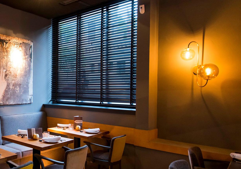 Diseño de inteirores en Restaurante Sasha Boom de Madrid