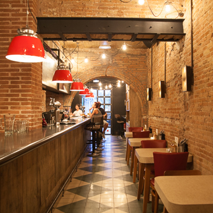 restaurante-chicken-shop-barcelona-lamapras-1