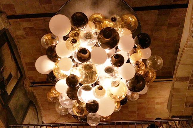 Lámparas colgantes vintage en en Restaurante Chicken Shop de Barcelona