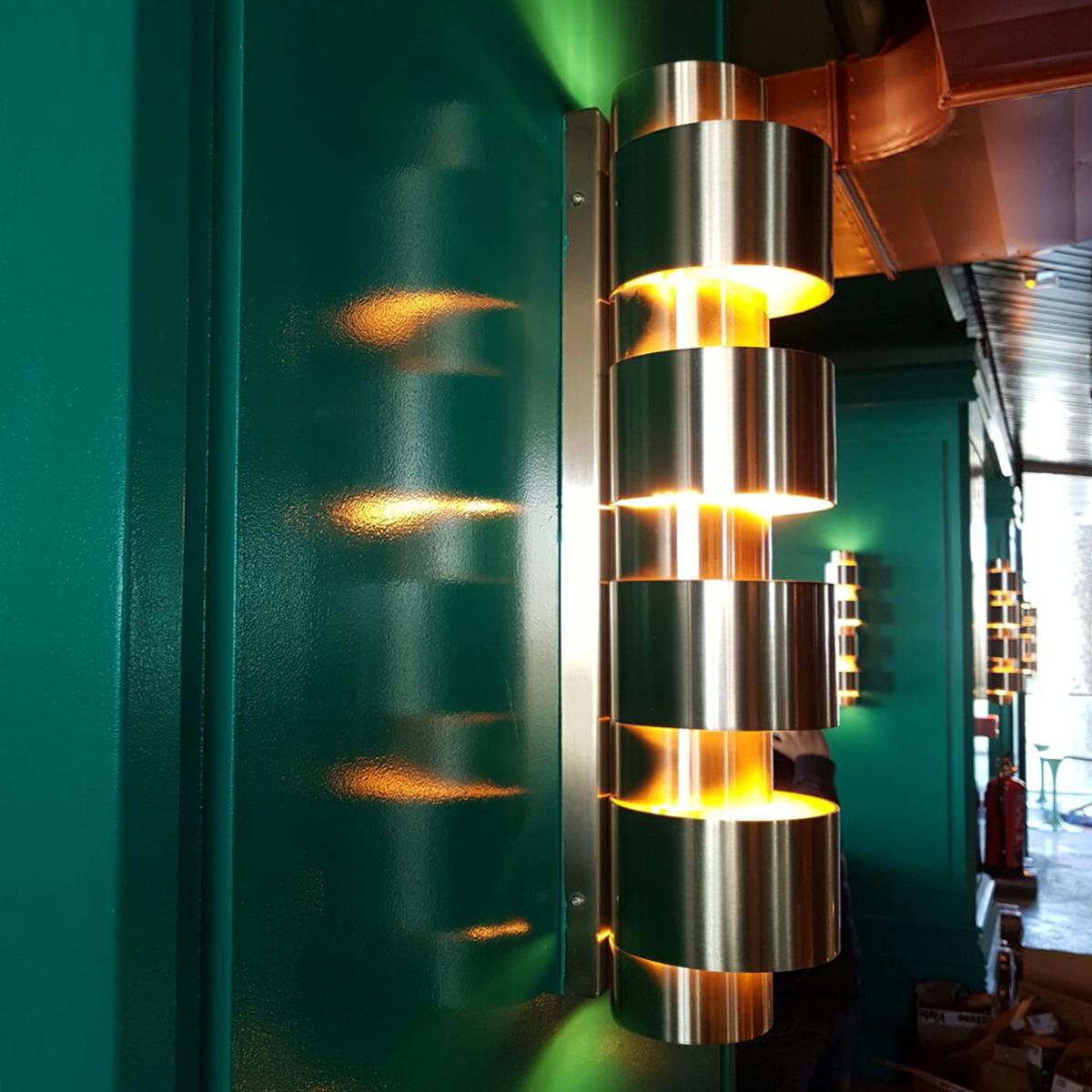 Iluminación con apliques de pared en Restaurante Tatel Ibiza