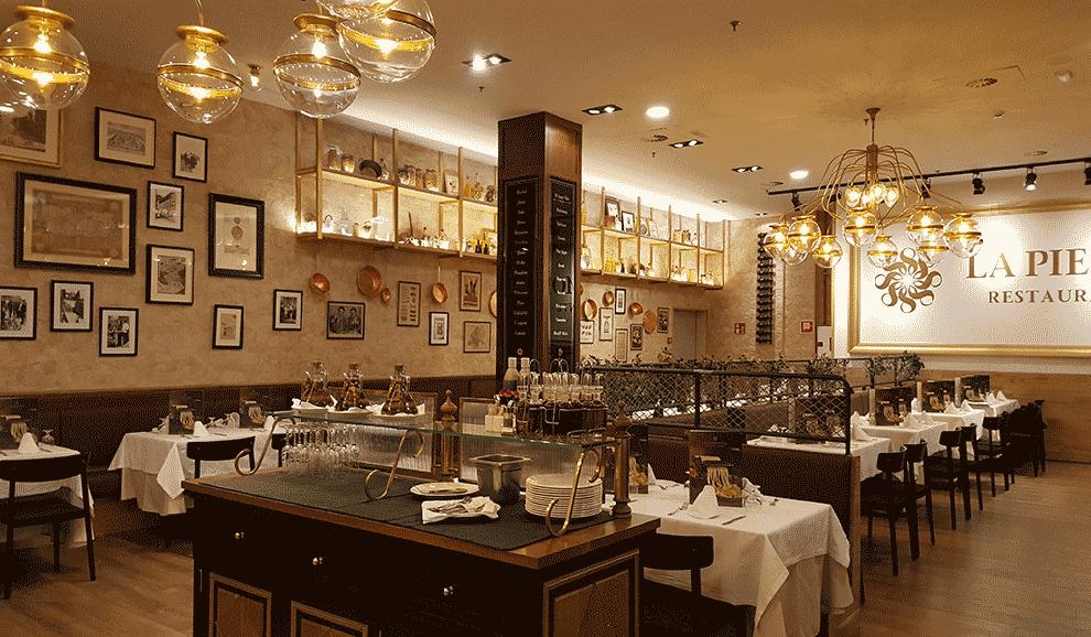 Colección 2020 de lámparas de techo en Cadena de Restaurantes La Piamontesa en Tarragona y Madrid