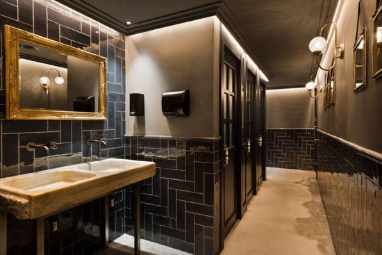 Diseño de lámparas en Restaurante Green's de Barcelona