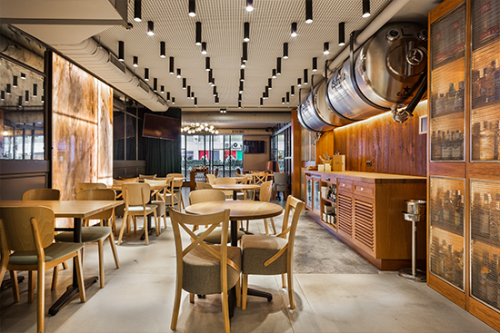 Diseño interiores en Restaurante Green's de Barcelona