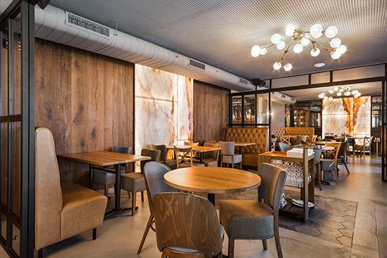 Lámparas de diseño en Restaurante Green's de Barcelona