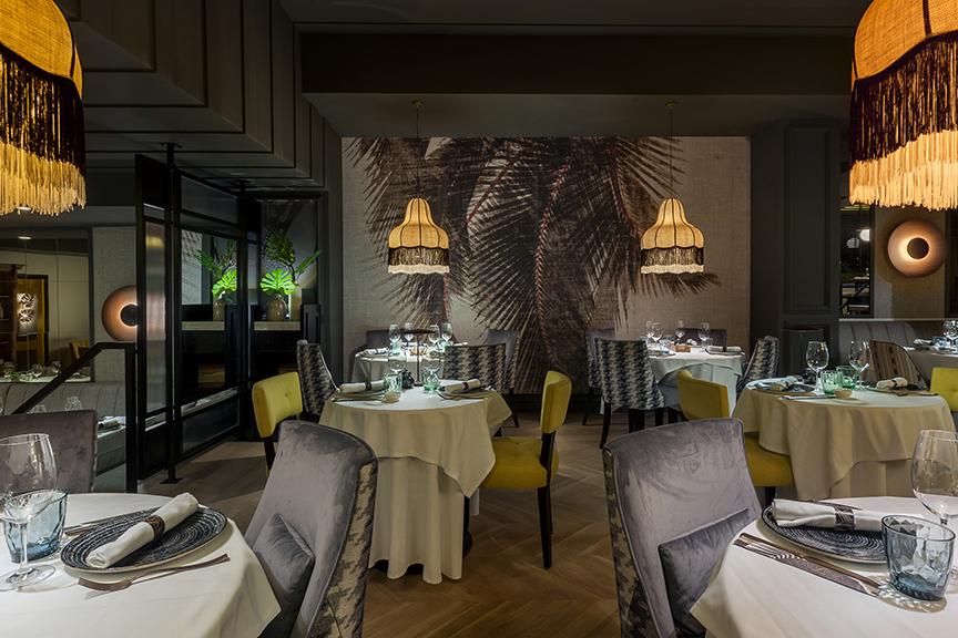Lámparas de techo colgantes en Restaurante Paulina de Madrid