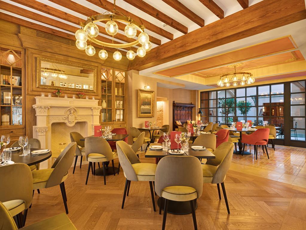 Diseño de interiores en hotel gloria de sant jaume