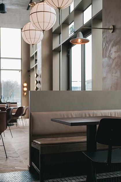Lámparas iluminación en restaurante Loetje